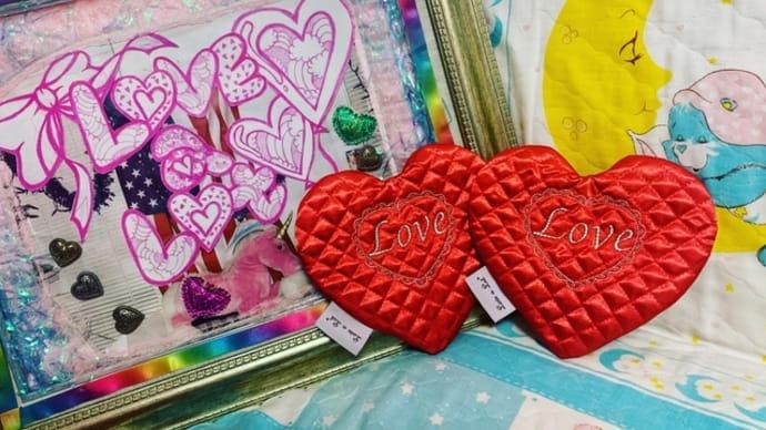 "♡new♡""Love""  ハート型ポーチ♡minne&on-lineshop更新♡"
