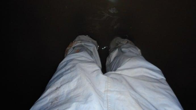 地下ピットでの漏水修理・・・千葉市