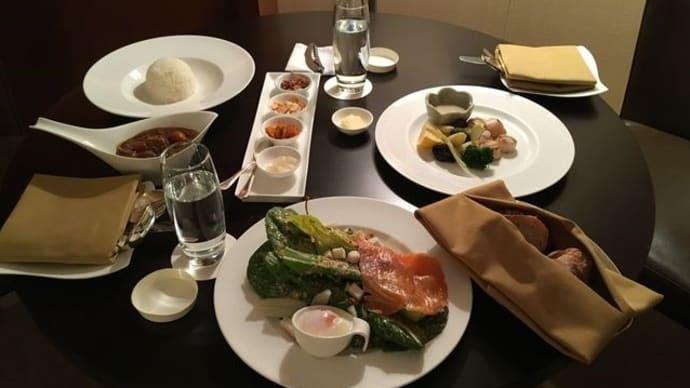 セントレジスホテル大阪*ルームサービスで軽めの夕食