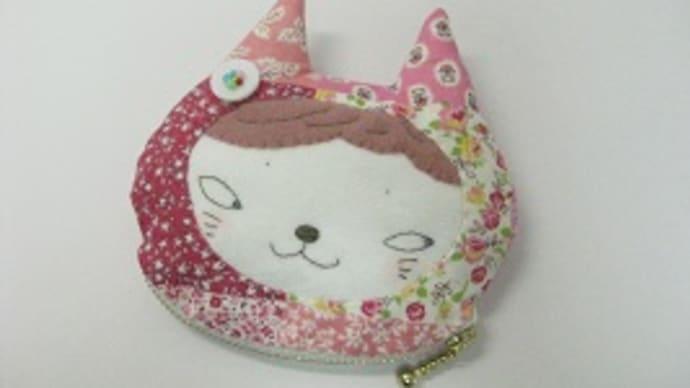花柄猫ポーチ
