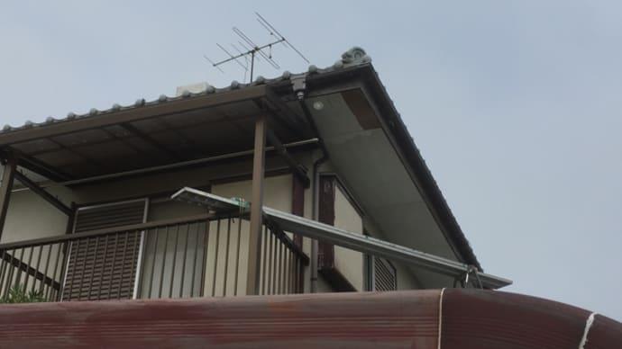 簡易足場で 高所 軒先天井の 張り替え 千葉県 柏市