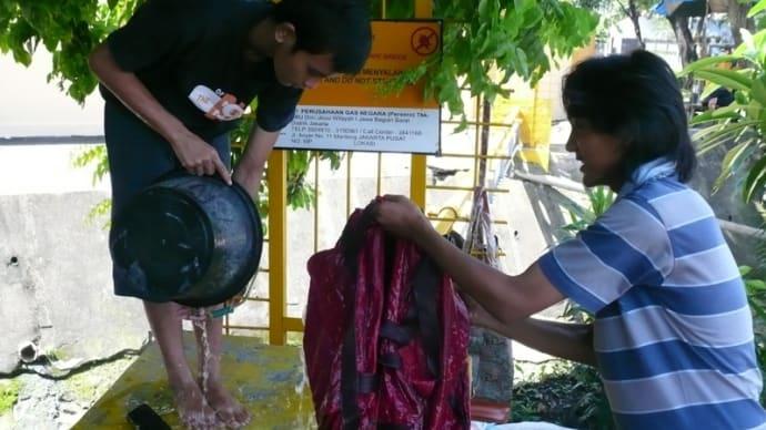 かばんは洗って使いましょう