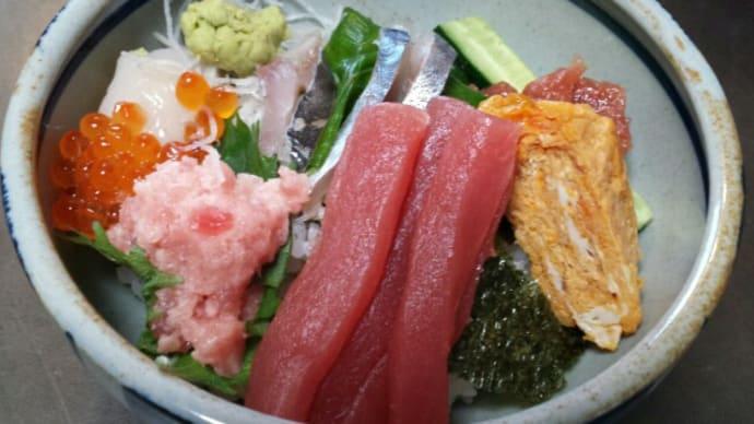 12/6のお昼ご飯(海鮮丼)