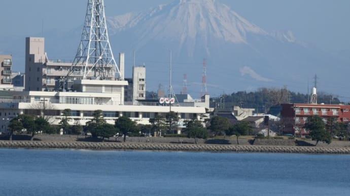 宍道湖湖畔を散歩。