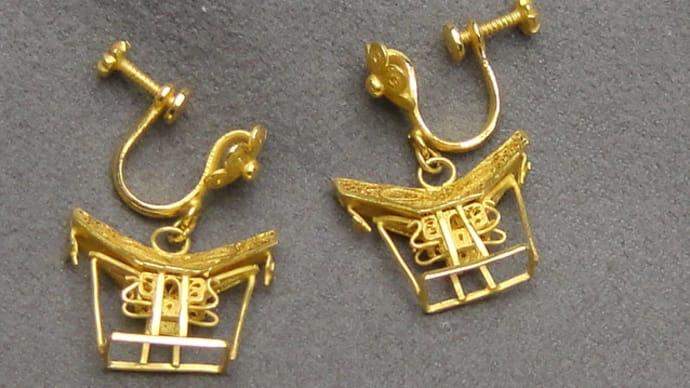 トラジャのイアリングとネックレス金具交換