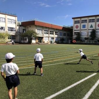 足立区立寺地小学校でリングビーの出張授業①