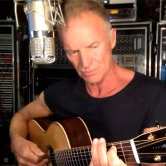 Sting's room  すごい部屋だ・・・(笑)
