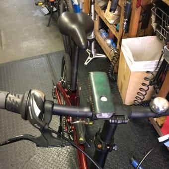折りたたみ自転車のヒンジは時々メンテナンスを。 レザーラッピングライトご購入いただきありがとうございます!!