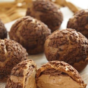 連続ココアクッキーシュー