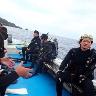 7月30日(木)久々『☆大社』今日は流れもなく、穏やかな海でしたよ!!魚は群れてますが、ちょっと濁りが…。