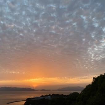 鱗雲の夕景