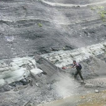 アンモナイト化石採取