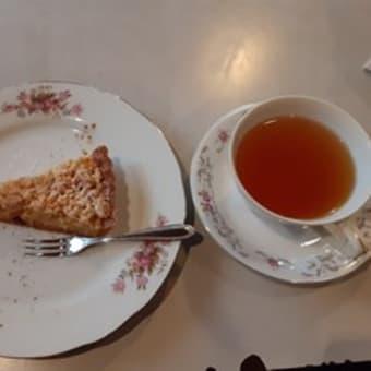 素敵なカフェ見~つけた!