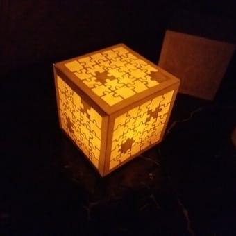 立方体の切り絵を作り続けてます