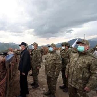 国防省高官たちが対テロ作戦を視察した