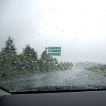 雨の東北道