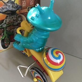 カネゴン三輪車