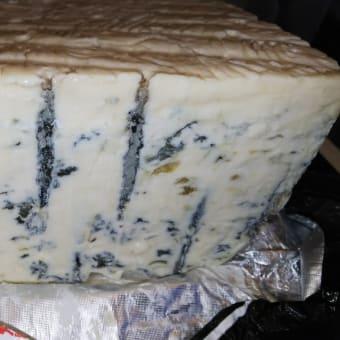 ゴルゴンゾーラ(青カビ)チーズ
