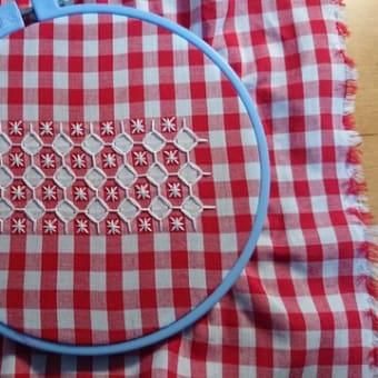 ツリーと刺繍