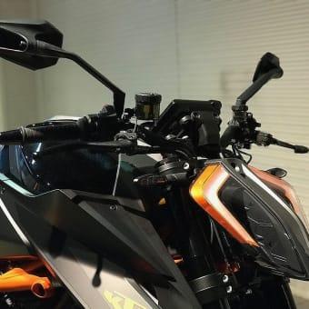 近頃、KTM 1290 SUPER DUKE-R のお問い合わせが増えてきました。THE BEAST!