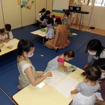 ベルナデッタクラス 英語であそぼ 外遊び なぐり描き(水彩ペン)
