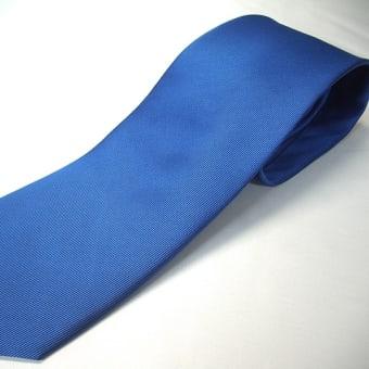ソリッドのネクタイ