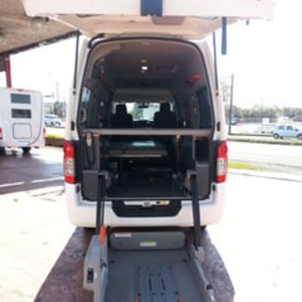 NV350 キャラバン 中古 バンコン リフト付 キャンピング車 トランポ