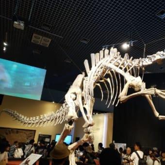 上野はいいねぇ 恐竜と三国志に会ってきた