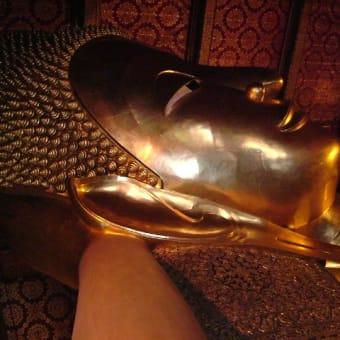 太陽と黄金に輝く タイランド・バンコク 3