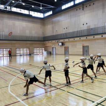江東区立豊洲西小学校でリングビーの出張授業