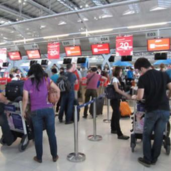 タイは来年から外国人旅行者に観光料を徴収する?