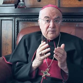 【参考情報】ヴィガノ・テープ質問8と9:ヴィガノ大司教「私たちを憂慮させているのは、大衆が自ら専制体制下に置かれるのを許していることです。」