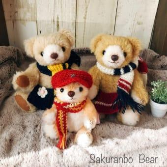手編みマフラーの3にん組がまるいちCafe様でおうち探ししています&Cafeでテディベア講習会のお知らせ