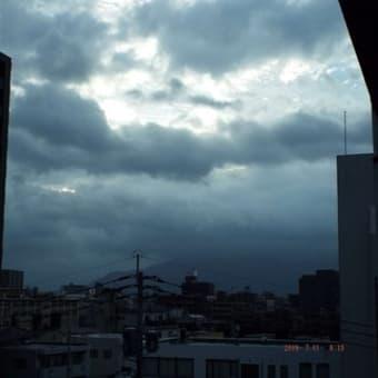 2019年07月11日(木) 曇り、一時、小雨 → 夕刻、晴れ間。。