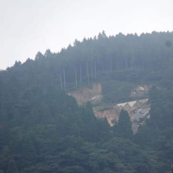 五ヶ山クロスキャンプ場上の土砂崩壊、工事は来年に