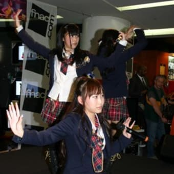 AKB48 in Paris (7/1)