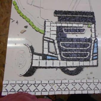 中学生教室トラックの玄関ポーチ