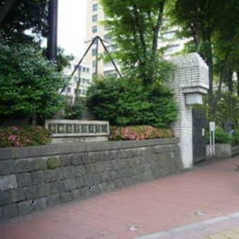 「ノーカントリー」:富坂上バス停付近の会話