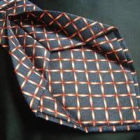 ネクタイの縫製