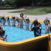 幼稚園児 全裸 プール