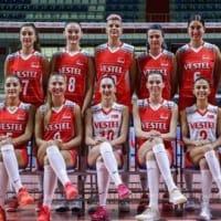 東京でメダルを夢見るトルコ女子バレーボール・チーム