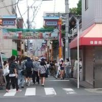 今日6月28日(日曜日)正午の大阪生野のコリアタウン西側の入り口付近