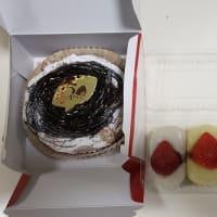 誕生日に何故か苺大福?ちゃんとケーキもあります!の巻~