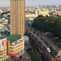 王子駅前は都電荒川線車両(2019年8月 オマケは上越新幹線Max)