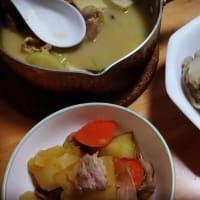 """昨日はカレーの日だったので""""牛乳味噌カレーちゃんこ鍋""""を作りました。"""