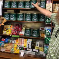バクストンに存在する絶滅を免れたタバコ屋に寄ってみた....イギリスのタバコ事情いろいろ