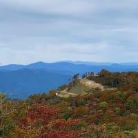 ゲレンデを登って大岩山とブンゲン