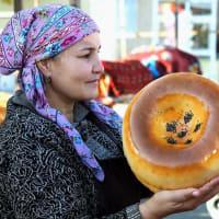 Uzbekistan traditional non☆サマルカンドの街角から