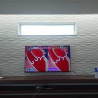 今日はN様邸のリビングの壁にテレビ設置のお手伝いをしてきました!