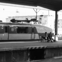 特急しおじ 2態 1970年新大阪駅